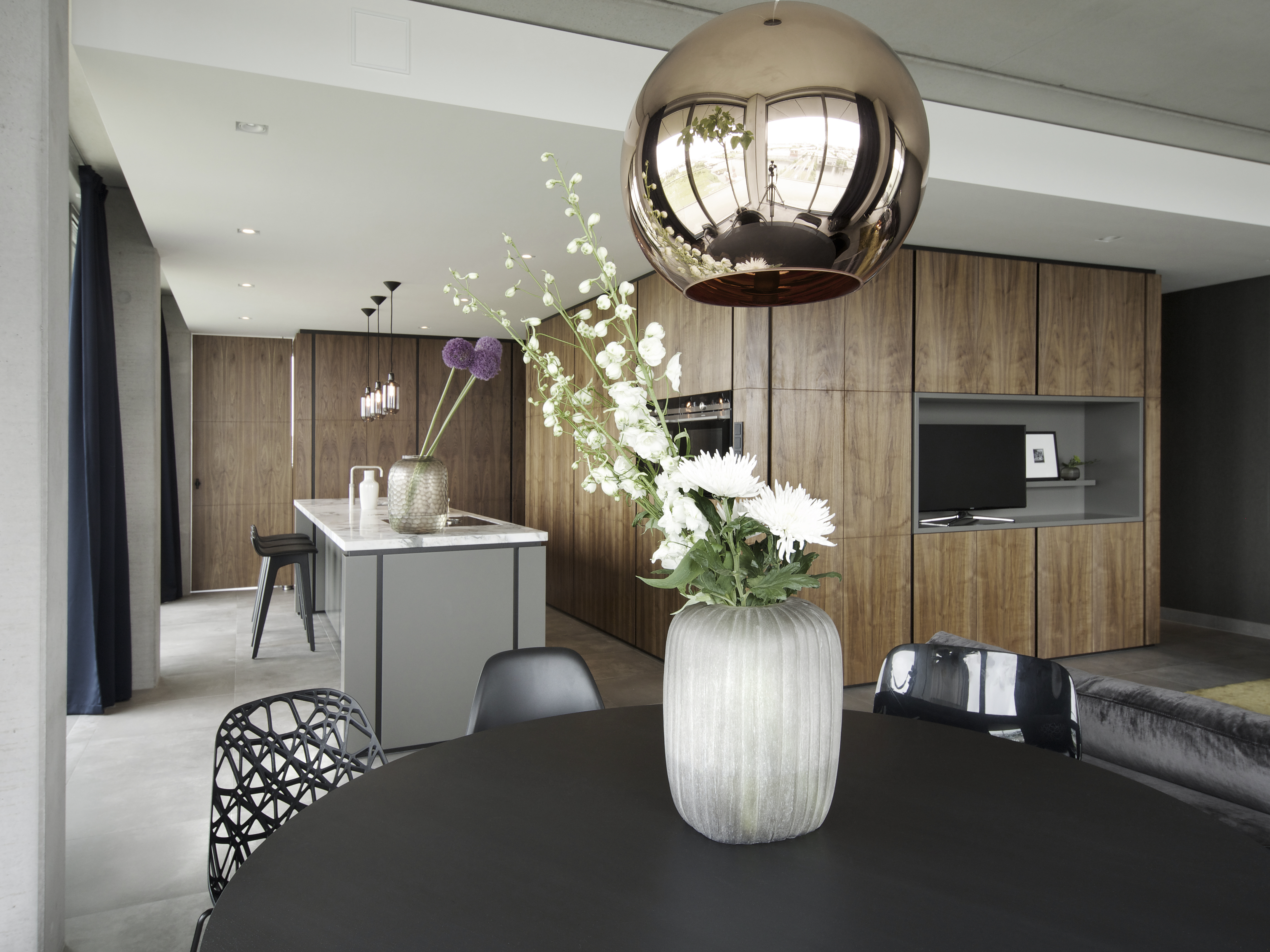 Interior design black jack amsterdam kne for Interior design amsterdam