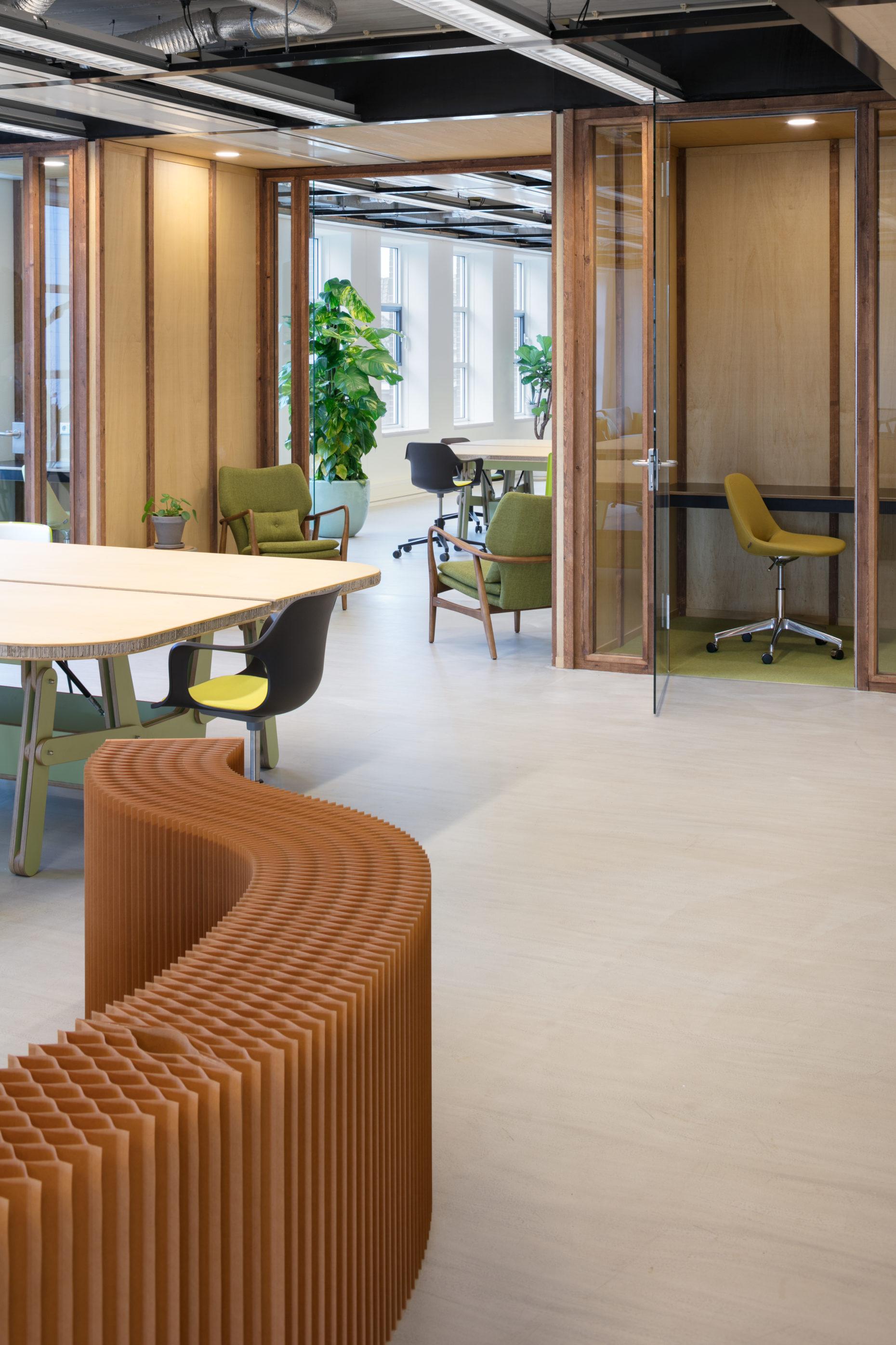 Duurzaam kantoor interieur – KnE+